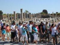 Pandemide Ruslar Antalya turizmine 'can suyu' oldu