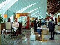 Emirates dünyadaki lounge alanlarını yeniden açıyor