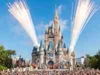 Disneyland, salgın nedeniyle 4.000 çalışanı işten çıkarıyor