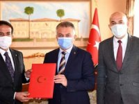 Vali Yazıcı: Antalya turizm gibi tarımda da lokomotif