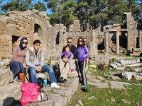 Lyrbe Antik Kenti'ne tarihi ve temiz havasıyla ziyaretçi çekiyor