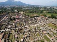 15 yıl önce Pompei'den çaldığı eserler lanetli çıktı!