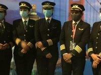 Hindistan'ın kadın pilotları havacılık tarihine geçti