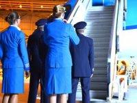 KLM bin kişiyi daha işten çıkarıyor