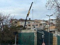 Kasımpaşa'daki tarihi yapının yıkımı devam ediyor