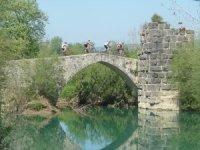 2000 yıllık parkurda dağ bisikletiyle geziyorlar
