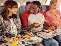 Uçak yemekleri tatsızlığı insandan geliyor