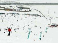 Uludağ'da kayak sezonu Mart sonuna kadar uzatıldı