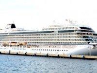 Sezonun ilk cruise gemisi Viking Sea Bodrum'a geldi