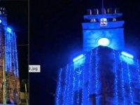Antalya Saat Kulesi'nde mavi ışıkla Otizm için farkındalık