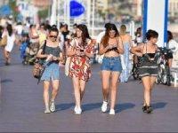 The Times:  turizm çalışanlarını aşılama yarışı