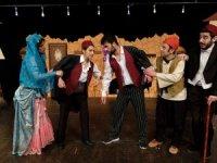 Ramazan'da geleneksel Türk tiyatrosu evlere online taşınacak