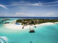 Aşı turizmine Maldivler'de katıldı! Tatile gidene aşı yapacaklar