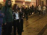 Taksim oteller böylesinde yangın paniği! Turistler sokağa döküldü