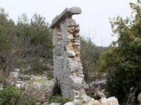 Roma dönemi antik kentte matkap ile defineci talanı