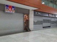 Malezyalı ihtar gönderdi, Sabiha Gökçen'de dükkanlar kapandı