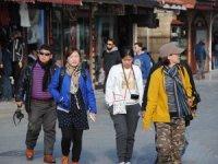 Levent Akgün:''Covid 19 riskinde olan turist değil; turizm çalışanları''