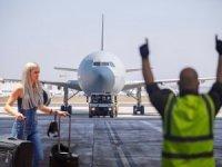 Türkiye karar beklerken, başka ülkelere 500 uçuş izni