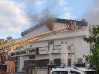 Otelde yangın paniği! Turistlerin korku dolu anları