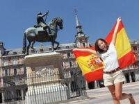 İspanya, yabancı turistlere kapılarını açtı