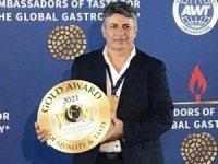 """Bilibas'a """"2021 Yılı Şefi"""" ve Afrodit Garden Restoran'a Altın Ödül!"""