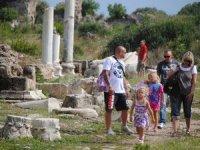 Son 25 günde Antalya'ya 440 bin Rus turist geldi