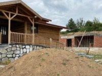 AKP'li belediyenin milyonluk bungalovları çürüyor