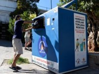 Kaleiçi'nde atık toplama otomatı kuruldu
