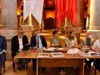 CHP'li Zeybek: Turizm sektörünün üzerine ceberut gibi çöktüler