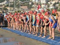 30. Alanya Triatlonu'na 41ülkeden 1000 sporcu katıldı