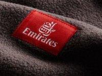 Emirates'ten geri dönüştürülmüş battaniye