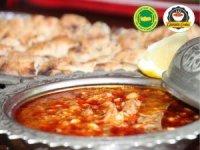 Alanya'nın Gülüklü Çorbası coğrafi işaret logosu ile serviste