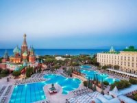 Topkapı ve Kremlin Palace Pegas'a kiralandı
