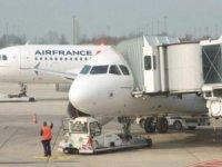 Havacılıkta grevler turizmi vurdu