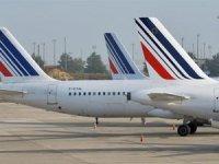 Air France'da grevler istifa getirdi