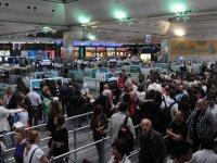 Tatilin ilk gününde 749 bin kişi hava yolunu kullandı