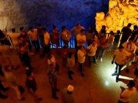 Aydıncık'ta bulunan mağara 10 milyon yıldır yaşıyor