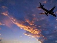Yakıt fiyatı arttı, uçak bileti fiyatları artıyor