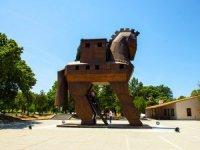 Troya ziyaretçilerini Çanakkale'ye bekliyor