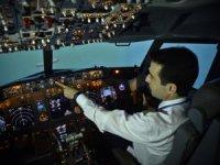 Kur artınca pilotluk için750 bin TL'ye imza atıyorlar