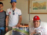 F1 pilotları, hasta ziyaretinde