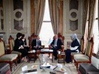Cumhurbaşkanı'nı Topkapı Sarayı'nda ağırladı