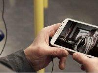 Sosyal medya üzerinden canlı video izliyoruz