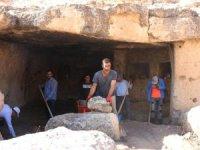 Orta Çağ mağaraları otele dönüştürülüyor