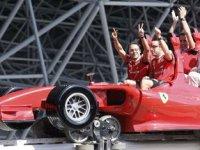İspanyol Alonso  F1 yarışına hazır