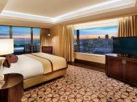 Otel odalarının düşündürdükleri