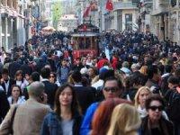 Avrupalı turist Beyoğlu'na geri döndü