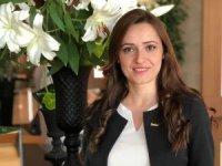 Funda Çetinalp, Radisson Blu Kayseri'de Rezervasyon Müdür