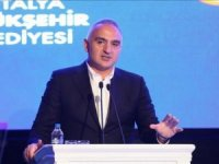 Bakan Ersoy: Yeni kutuplar için istekli çalışmak gerekiyor