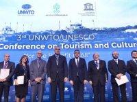 """""""Turizm için küresel etik kurallari özel sektör bildirgesi"""" imzalandı"""